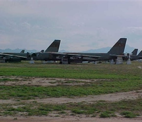More B-52Gs waiting a final outcome… spare parts or the guillotine!